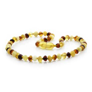 BALTIC AMBER TEETHING NECKLACE. BAROQUE MULTICOLOR I A 5X4 MM