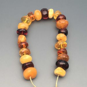 "Natural Baltic Amber Loose Beads Strings Set of 1 Pc. 20cm / 7.87"" - Tablet. ST238"